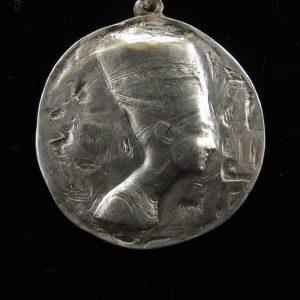 Large Nefertiti Medallion – Polished