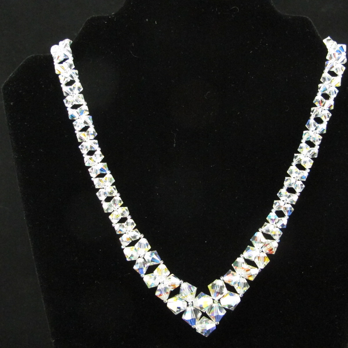swarovski v necklace delightful