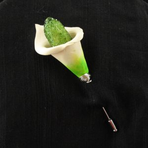 Calla Lilly with Glass encrusted Stamen on Pin