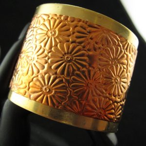 Brass Cuff (5 cm) in Flower Pattern