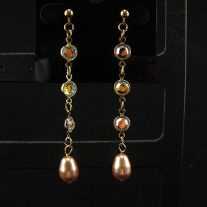 Swarovski 3 Crystals Chain with Gold Pearl Dangle