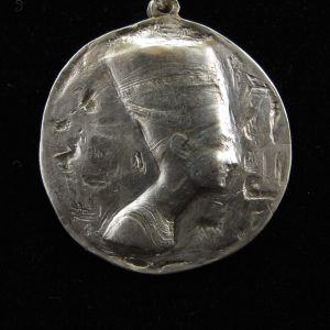 Large Nefertiti Medallion – Polished
