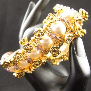 Gold Flower and Glass Pearl Bracelet
